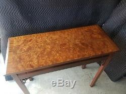 Hickory Chair Historique James River Acajou Et Ronce Chippendale Console
