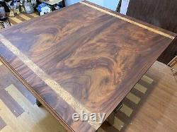 Incroyables Tables À Manger CMC Designs Grand, Disponibles En Différentes Tailles Et Styles