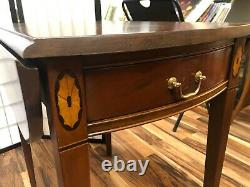 Jolie Chaise Hickory Pembroke Inlaid Ahogany Drop-leaf Table