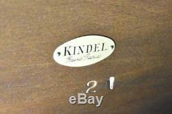 Kindel Acajou Double Pieds Chippendale Table De Repas En Laiton Embouts En Cœur 126