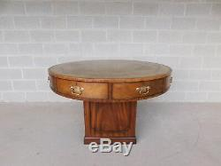 Kittinger Style Chippendale Mahogany Tooled Cuir Top Rent Table