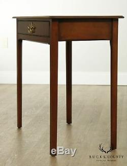 Kittinger Williamsburg Adaptation Chippendale Mahogany Hall Table, Console