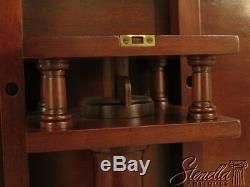 L43096e Siècle Sutton Collection Chippendale Mahogany Tilt Top Table