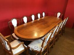 Magnifique Table D'acajou Flamme De Style Flamme Magnifique Grand Regency