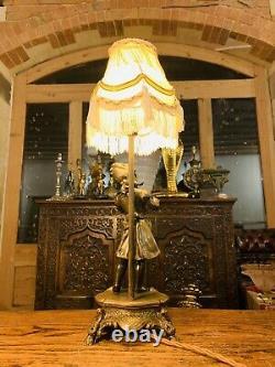 Moreau Violon Fille Lampe De Table En Bronze