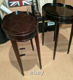 Paire Barbara Barry Pour Baker Meubles Galerie Ovale Tables Latérales Edge