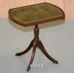 Paire De Bevan Funell Green Leather Mahogany Tripod Lamp Side End Wine Tables