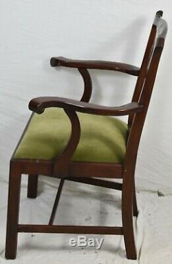 Paire De Fauteuils À Bras Henkel Harris De Style Chippendale, Modèle 101, Finition 29