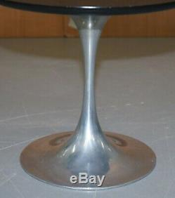 Paire De MID Siècle Modernes 1960 Arkana Tulip Chrome Base Side Tables Lampe Fin
