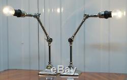 Paire De Petites Solides Poli Lampes De Table En Métal Avec Deux Points D'articulation