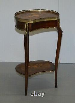 Paire De Tables Antiques Français Louis XVI Rail Floral Inalid Side End Lamp Tables