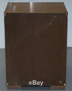 Paire De Vintage 1950 Circa Lampe Acajou Côté Campagne Militaire End Tables