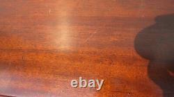 Paire Henredon Chippendale Acajou Lowboys Tables De Chevet Tables De Chevet Pied De Griffe