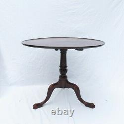 Période 18th Century Mahogany Tilt Top Tea Table Georgian Chippendale Twist
