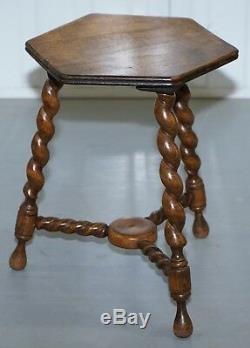 Petite Table À Vin Avec Pieds En Orge Torsadée, Angleterre, Angleterre