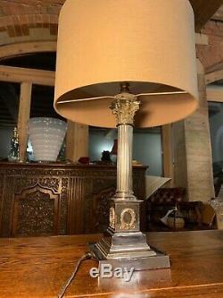 Piliers Corinthian Vintage Argent Plaqué Nelsons Colonne Lampe De Table Étagé De Base