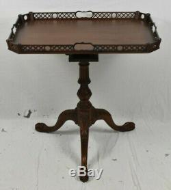 Rare Baker Acajou Chippendale Plateau Tilt Haut Plateau De Table Occasion Table Pied Griffe
