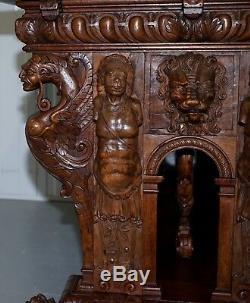 Rare Table Haute Extérieure Renaissance En Noyer Du 18ème Siècle Gravée
