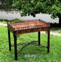 Rare Vintage Baker Collectors Edition Chippendale Table À Thé En Acajou Avecgallery