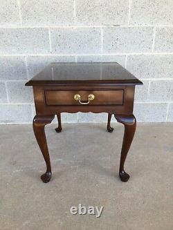 Stickley Cherry Valley Queen Anne Style Table D'extrémité De Table D'côté