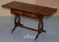 Superbe Grande Table Avec Extension Oxblood Cuir Feuille D'or Gaufrée Haut