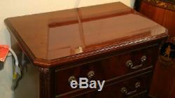 Superbe Paire Chippendale Mahogany Support Pied Tables De Chevet Bronze Mint