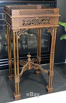 Superbe Table Sculpté Antique Acajou Chinois Chippendale Stand Lazy 8 Carving