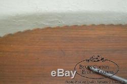 Table À Café Ovale Ovale Avec Boule En Acajou Et Bord En Corde, Style Chippendale