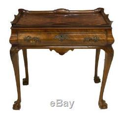 Table À Thé En Burlwood De Style Chippendale, Fin Du 19ème. (1800)