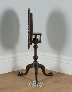 Table À Trépied En Forme De Tourte À Œufs En Forme De Tourte À Oiseaux Pour Un Style Chippendale Géorgien Antique