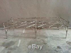 Table Basse Chic En Aluminium Plaqué Nickel Chippendale, Chine
