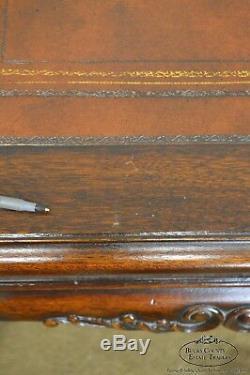 Table D'appoint Carrée En Acajou Sculpté De Style Chippendale Géorgien