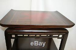 Table D'appoint Latérale Unique Chippendale Avec Plateau En Cuir Et Tablier Fretwork, Chine C. Années 1920