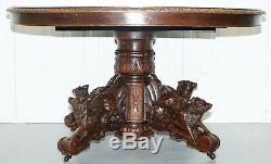 Table De Chasse Victorienne En Chêne Massif Vers 1880 Représentant Un Sanglier Et Des Renards