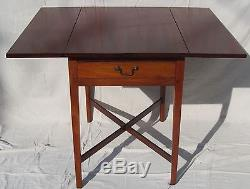 Table De Pembroke Ancienne En Chêne De Nouvelle-angleterre Chippendale En Acajou 18ème