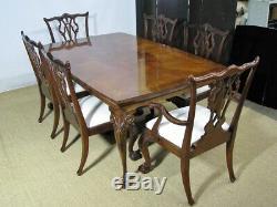 Table De Salle À Manger En Acajou Henredon / Maitland-smith, 2 Chaises Et 6 Chaises Chippendale