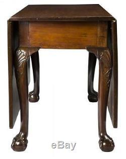 Table De Salle À Manger Swc-chippendale Avec Genoux Et Pattes Sculptés, C. 1780