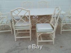 Table Et Chaises De Salle À Manger De Patio Chippendale Chinoise Vintage Blanche Au Milieu Du Siècle
