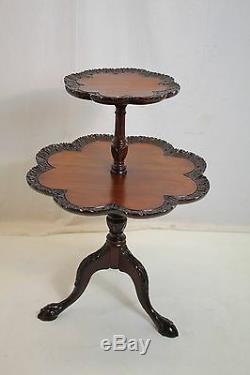 Table Vintage Croûte À Tarte En Acajou Chippendale Sur Pattes De Dents En Acajou
