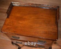 Tables De Chevet / Tables De Chevet