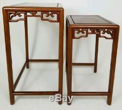 Tables Gigognes Vintage Chinoises Asiatiques Chippendale En Palissandre Sculpté, Set De 2