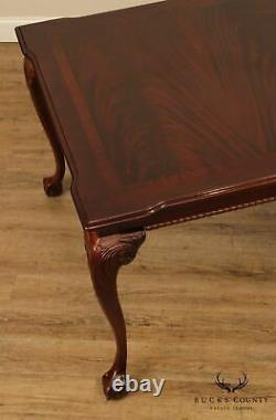 Thomasville Chippendale Style Ahogany Ball & Claw Table À Manger
