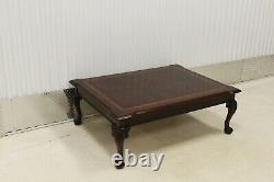 Thomasville Flame Mahogany Top Ball & Claw Table Basse