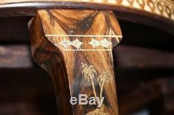 Très Rare Anglo Indien En Bois De Rose Sculpté Rond De Table À Manger Éléphant En Bois Sculpté