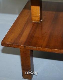 Très Rare Art Déco Grand Noyer Table Avec Construit En Hauteur Réglable Lumière