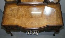 Vers 1930, Burr & Burl Table De Robe En Noyer Avec Miroirs Triples Et Plateau En Verre