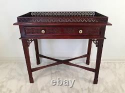 Vintage Chinese Chippendale Style Sculptée Acajou Table En Argent