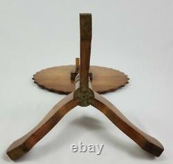 Vintage Chippendale Mahogany Tilt Top Accent Table Piecrust Bord Antique