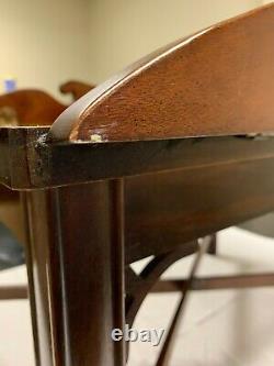 Vintage Chippendale Style Incrusté Acajou Butler Table Basse De Haute Qualité