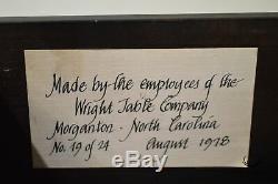 Wright Table Company, Édition Limitée, Boule Sculptée En Acajou Et Griffe Highboy